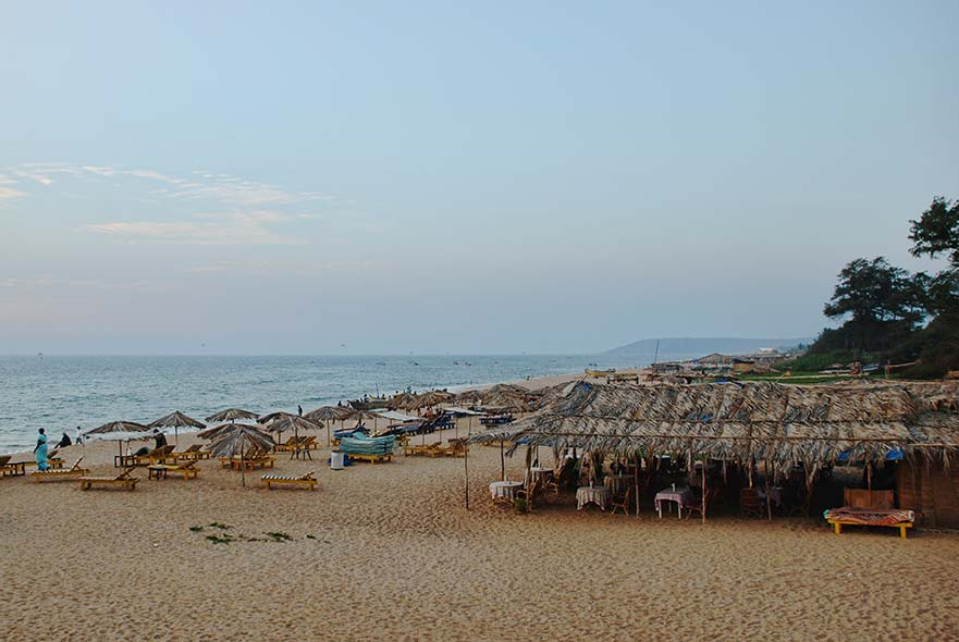Shacks & Beds lining Candolim Beach